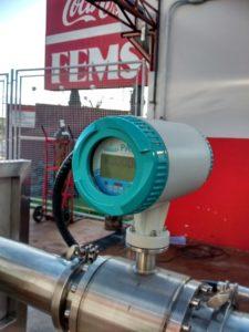 Instalação de um poço de água mineral com medidor de vazão.